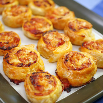 Pizza Scrolls using Puff Pastry