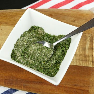 Quick and Easy Ranch Dressing