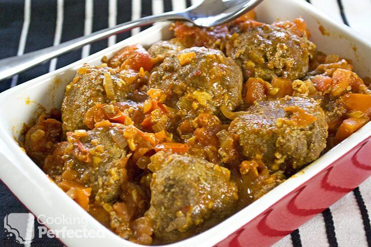 Spicy Meatballs with Tomato Sauce