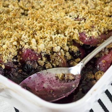 Blueberry and Pear Crisp