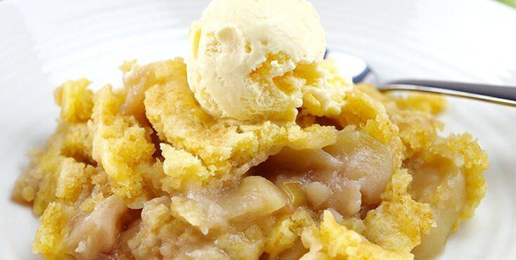 Slow Cooker Apple Dump Cake