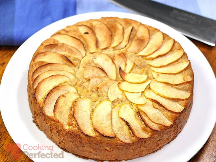 Unsliced Gluten-free Apple Cake