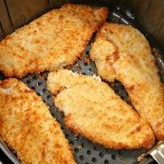 Air Fryer Chicken Schnitzels