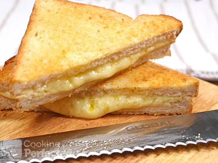 Air Fried Grilled cheese ready to eat